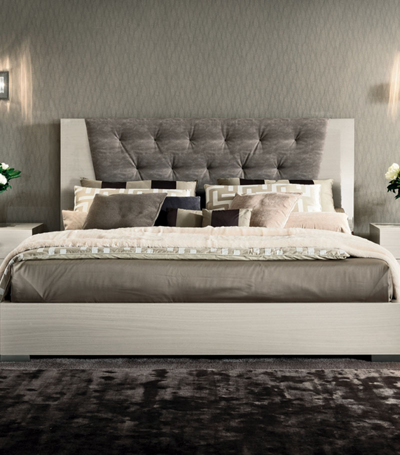 ARC BLANC BED Upholstered